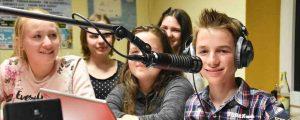 Schulen gehen bei den Chiemgauer Medienwochen auf Sendung