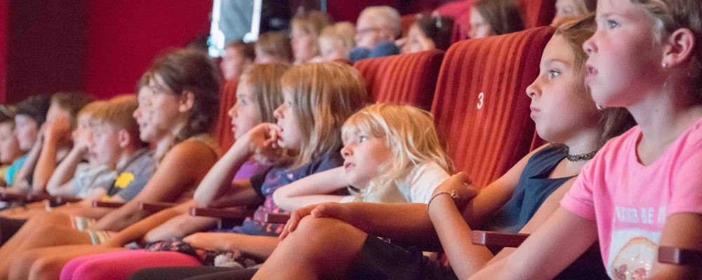 Ihre eigenen Produktionen flimmerten über die große Leinwand: Insgesamt reichten Grundschulen aus den Landkreisen Traunstein, Berchtesgadener Land und Mühldorf 40 Trickfilmproduktionen für das Festival ein.
