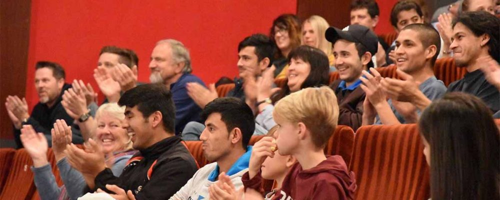 Die eingereichten Filme werden beim Jugendkurzfilmfestival alle auf der großen Leinwand des Trostberger Stadtkinos vor Publikum gezeigt.